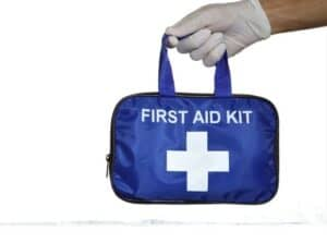 First-aid-kit-for-pets